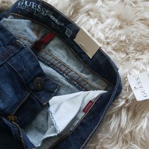 Guess Jeans - Guess